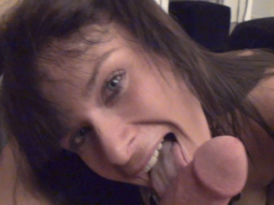 sexoway.com: El repartidor reparte leche a la gogo